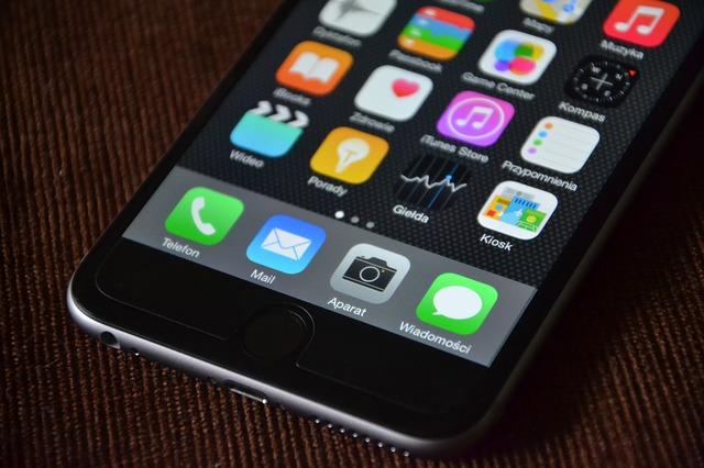 iphone-563065_640